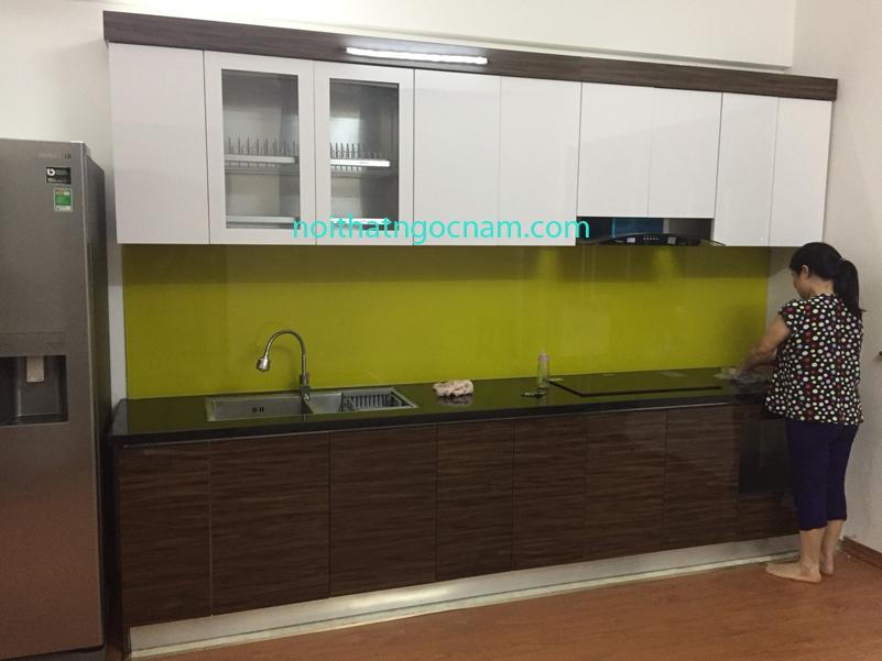 Lắp đặt mẫu tủ bếp inox 304 acrylic ở hà nội
