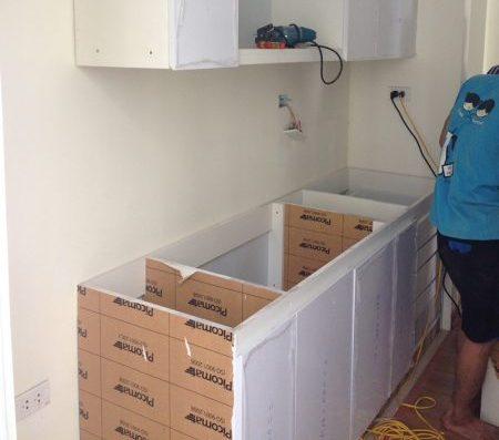 thùng tủ bếp được làm bằng nhựa picomat chịu nước