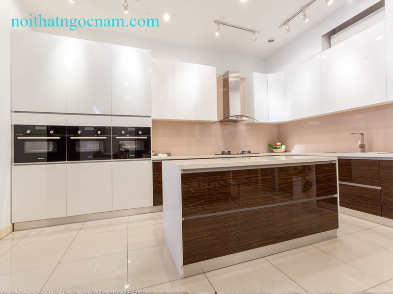 Mẫu tủ bếp Acrylic an cường cao cấp