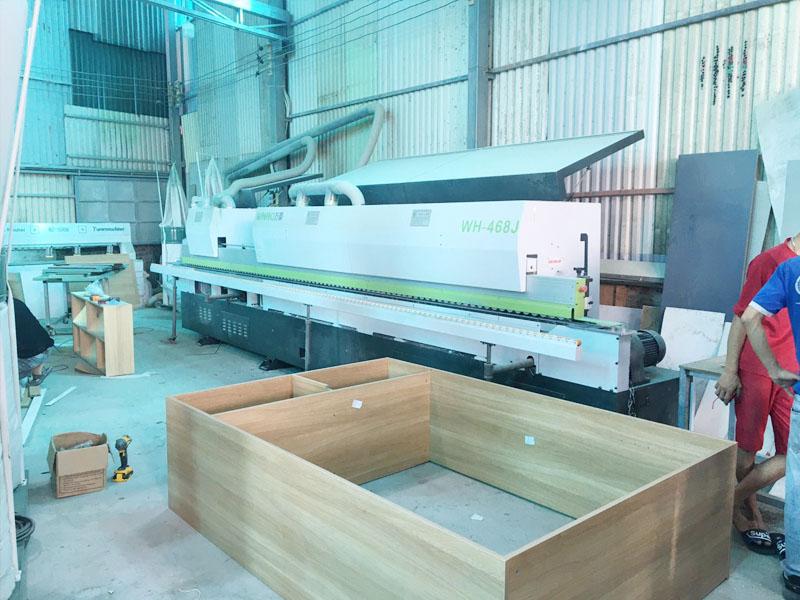 Máy dán cạnh 8 chức năng giúp cho việc dán đẹp đảm bảo chất lượng mẫu mã, cũng như năng cao độ bền của sản phẩm gỗ công nghiệp. Đây là máy cần thiết.