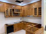 Thiết kế đóng tủ bếp gỗ gõ đỏ tự nhiên tại Hà Nội