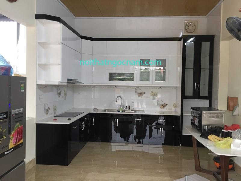 Mẫu tủ bếp acrylic bóng gương cao cấp tại Hưng Yên