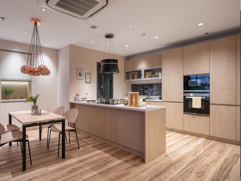 Tủ bếp plywood bề mặt phủ melamine màu vân gỗ